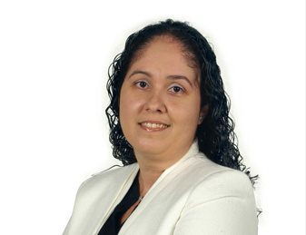 Sonia Moniz de Faria, Senior Financieel Analist